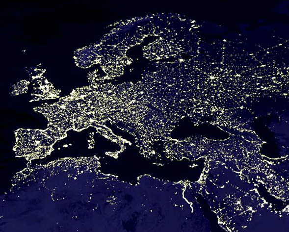 Европа, ночью из космоса.