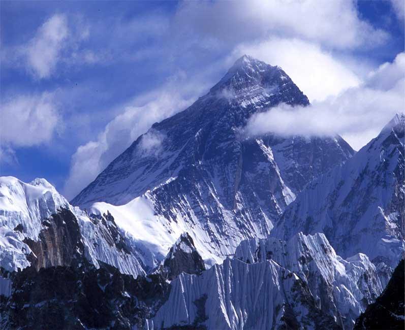 отметку пика Эвереста,