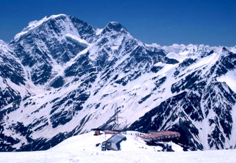 Кавказские горы фото.