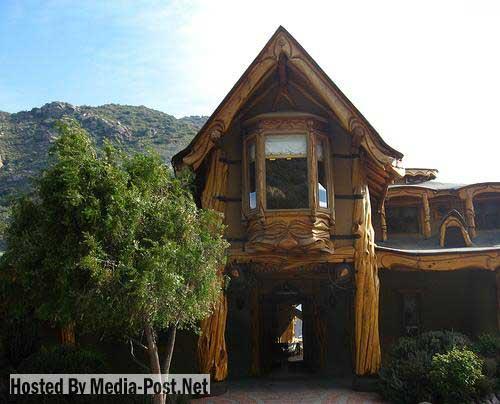 strange lodge